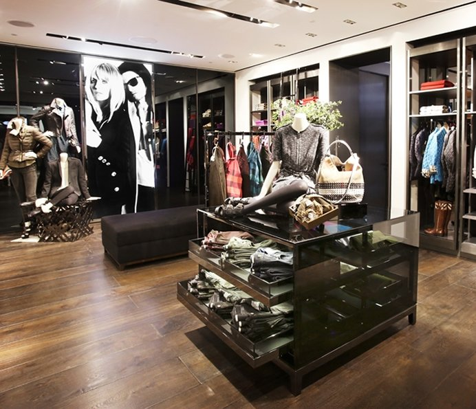 burberry brit outlet suct  burberry-brit-delhi-india-2