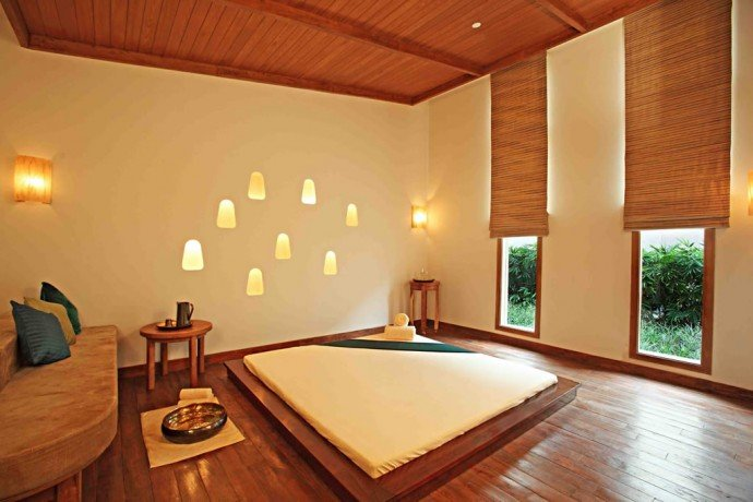 The Oriental Therapy Room