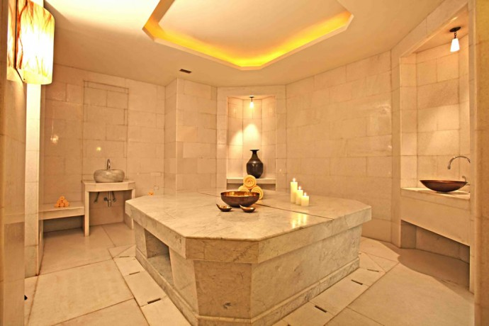 The must-try Royal Hammam