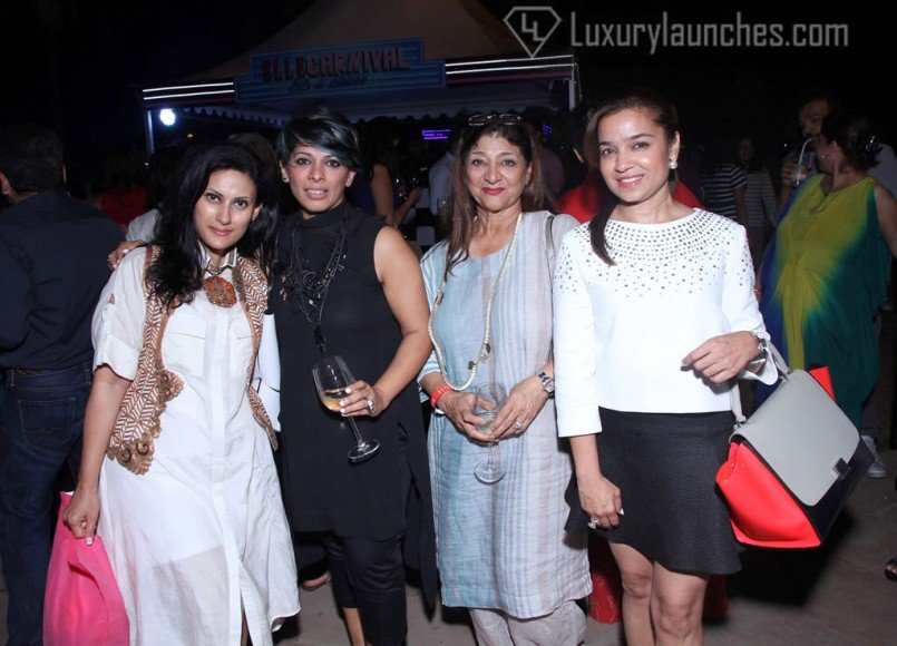 Radhika Jha, Urvashi kaur, Urvashi's mother and Kitty Kalra