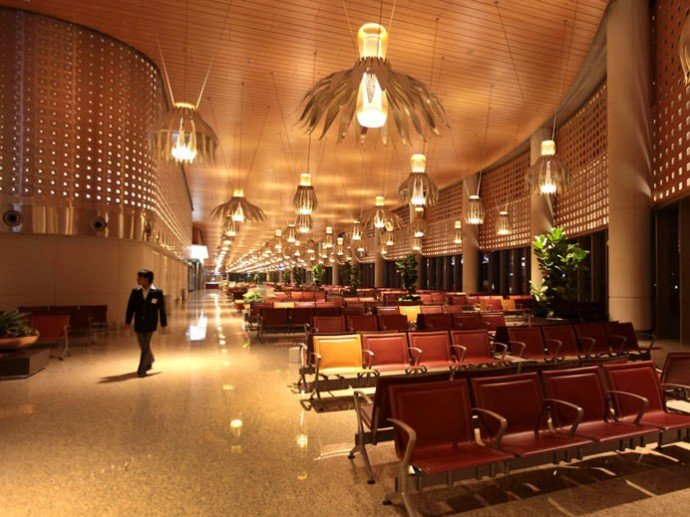mumbai-international-airport-terminal-2-4-690x517