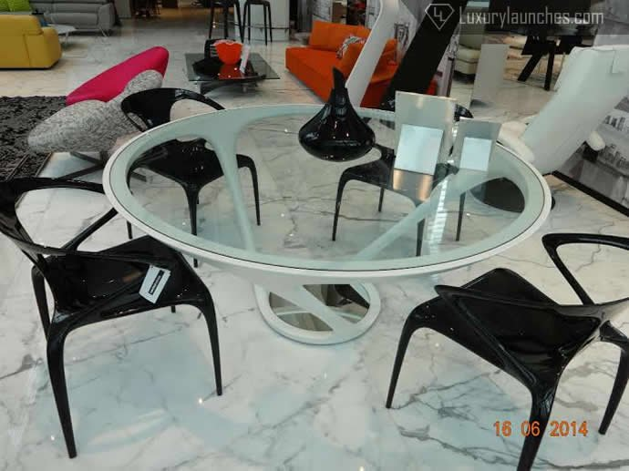 The Red Dot Award winning Ora Ito dining table
