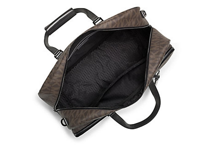michael-kors-jet-set-messenger-bag-2