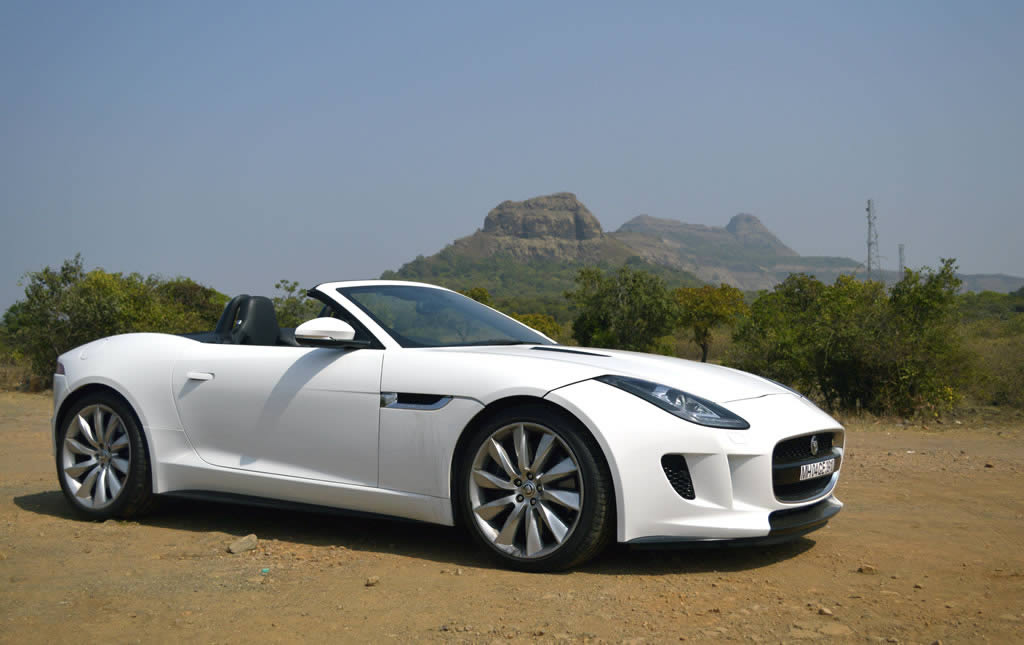Top 7 Reasons The Jaguar F Type S Convertible Smashes Supercar Category