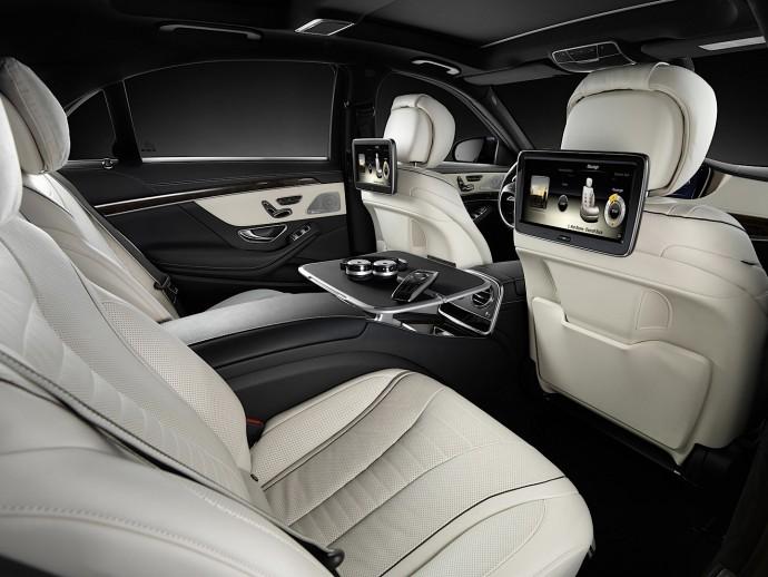 mercedes-s500-rear-seat-massage