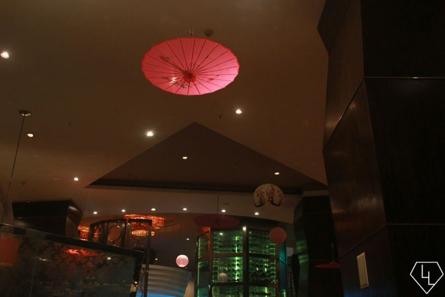 Slice of Japan decor - Oil-paper umbrella