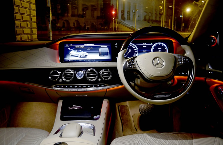 mercedes-s500-cabin-red-2