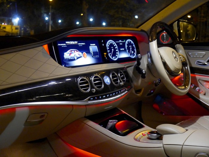 mercedes-s500-cabin-red-3