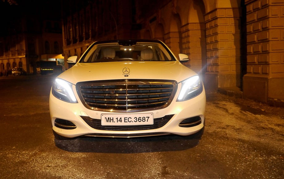 mercedes-s500-face-night