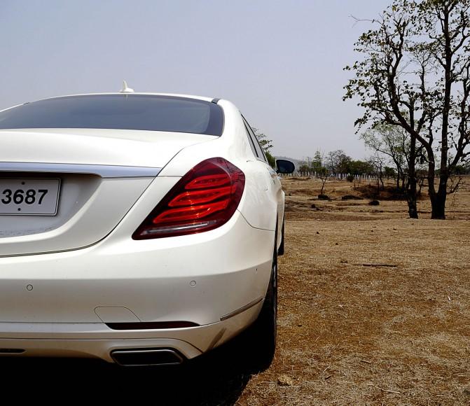 mercedes-s500-rear