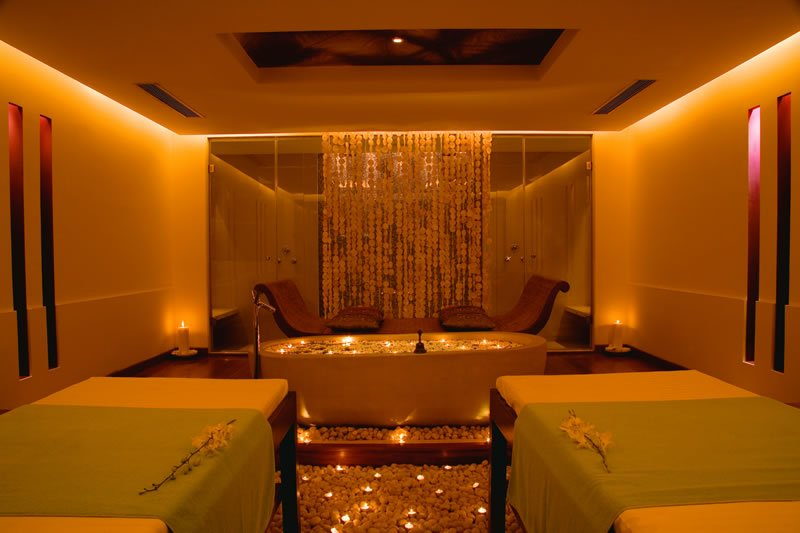 Unwind in luxury with mumbai s much kneaded quan fusion at for Salons in mumbai