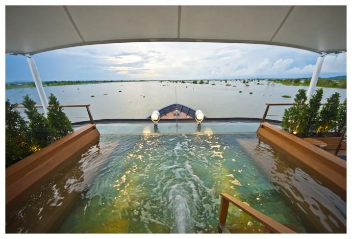 Aqua Mekong Outdoor Top Deck Plunge Pool -7