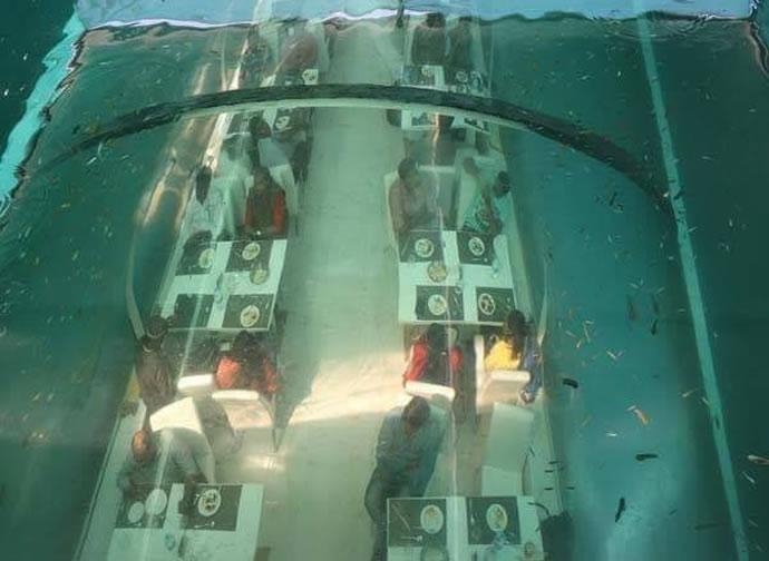Ahmedabad-underwater-restaurant (2)