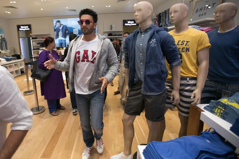 Ranveer Singh inside the Gap, Oberoi Mall store