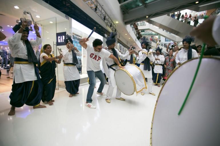 Ranveer Singh joins the Lezim dancers at the Gap Mumbai Launch