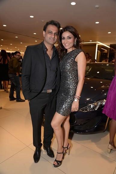 Rishi Sethia, Queenie Singh