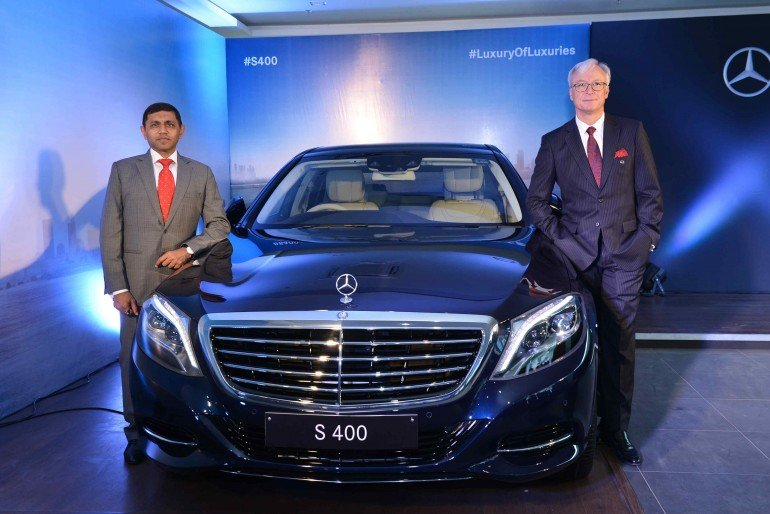 Mr. Roland Folger,  Managing Director & CEO, Mercedes-Benz India and Mr. Yashwant Jhabakh, Group Chairman, Mahavir Motors at the launch of Mercedes-Benz S 400