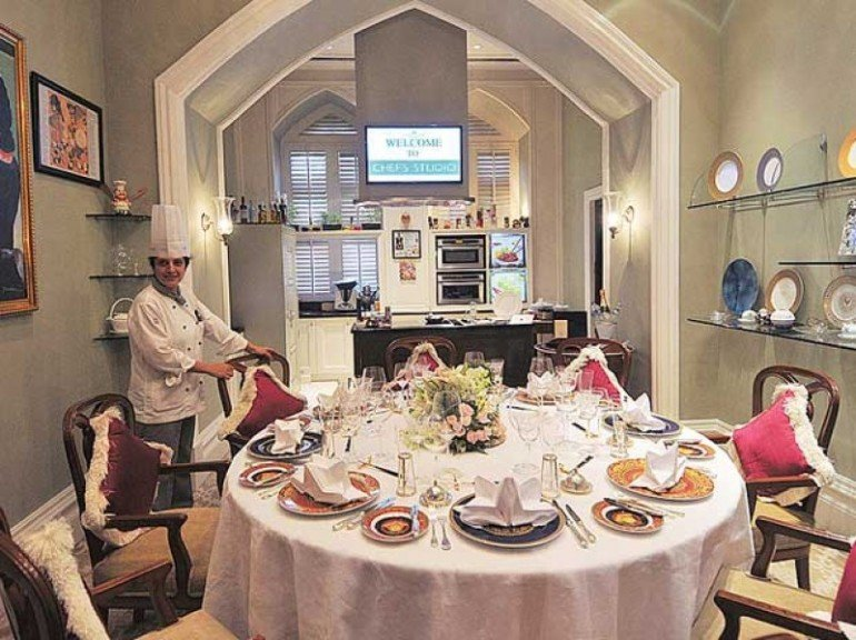 most expensive meals at the Taj-Mahal Palace Mumbai (1)