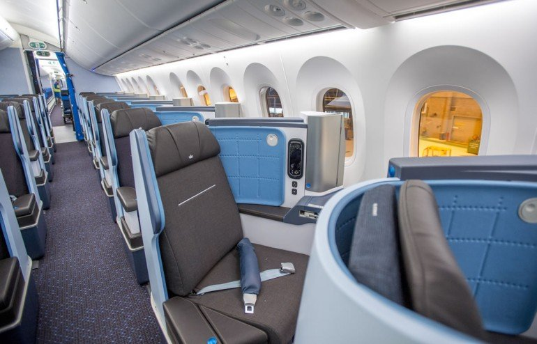 klm-dreamliner-seats