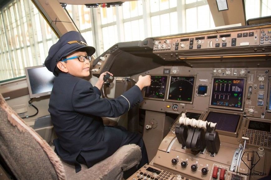 Indian-boy-makes-Lufthansa-first-in-flight-announcemen (15)