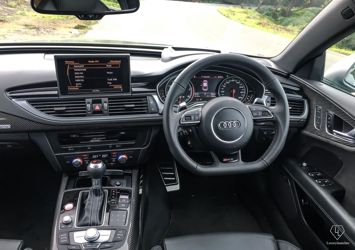 audi-rs7-performance-dash