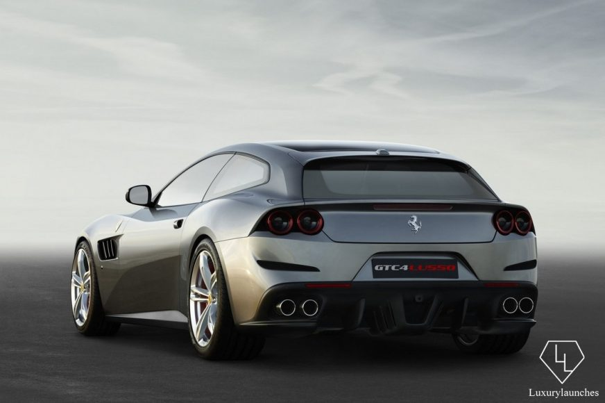Ferrari_GTC4Lusso_r_3_4_LR