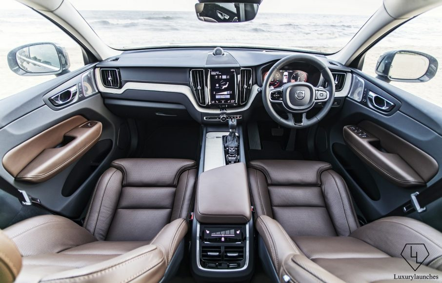 2018 Volvo XC60 review (5)