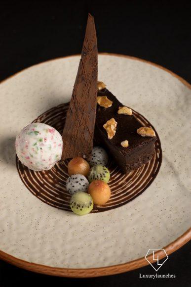 Flourless chocolate bar, Tutty fruity ice cream, Fresh fruit pearls