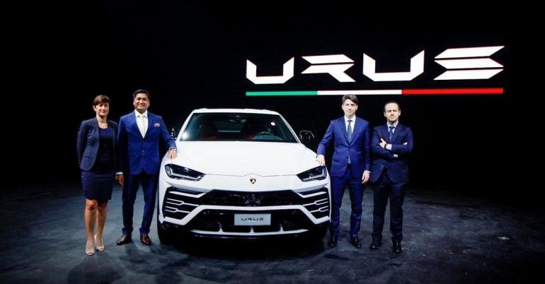 Lamborghini Urus World S Fastest Luxury Suv Launched In India At Rs