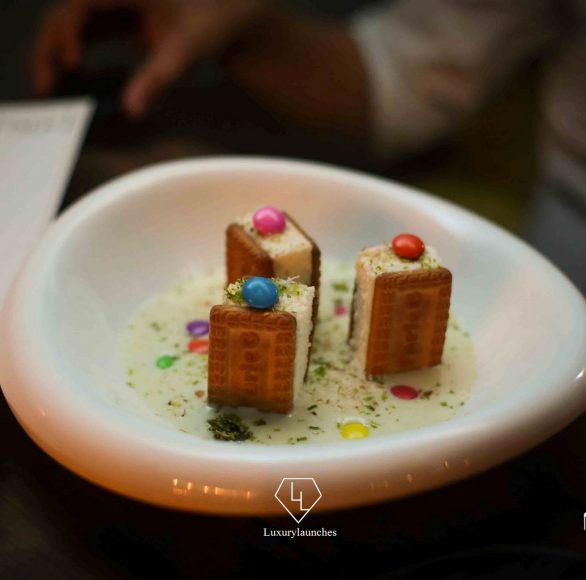 Parle-G cheesecake, milk custard, cookie dough essence