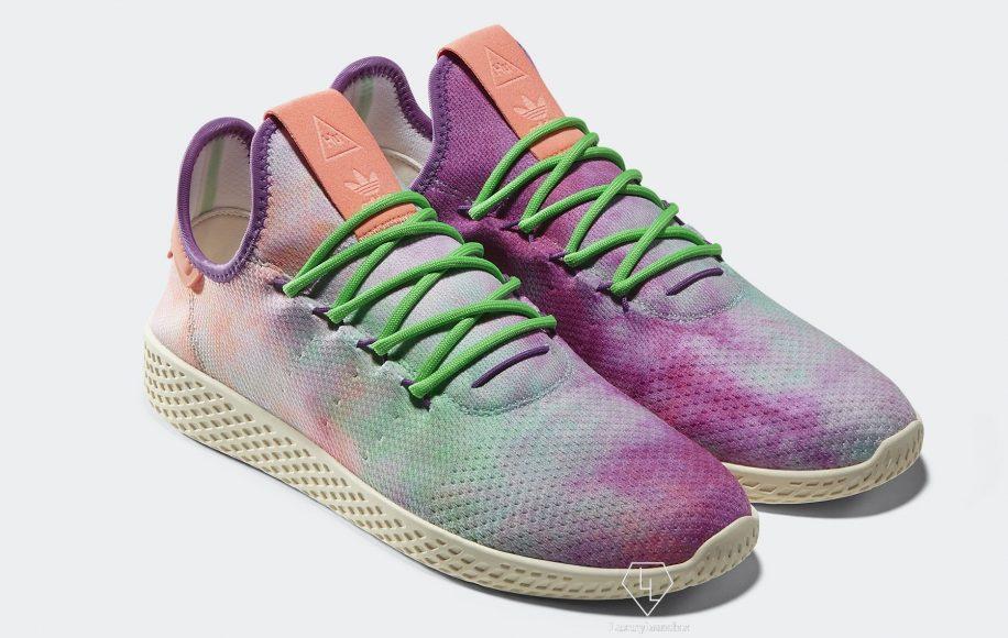 adidas Originals Pharrell Williams HU Holi Powder Dye - INR 12,999