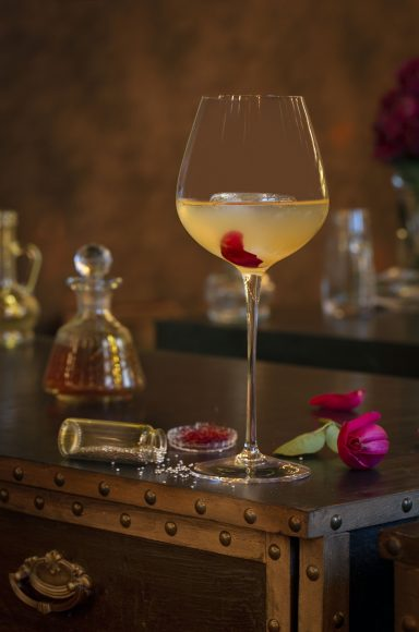 JokkMokk Kiss - Baraanaa, World Cocktail Bar and Kitchen