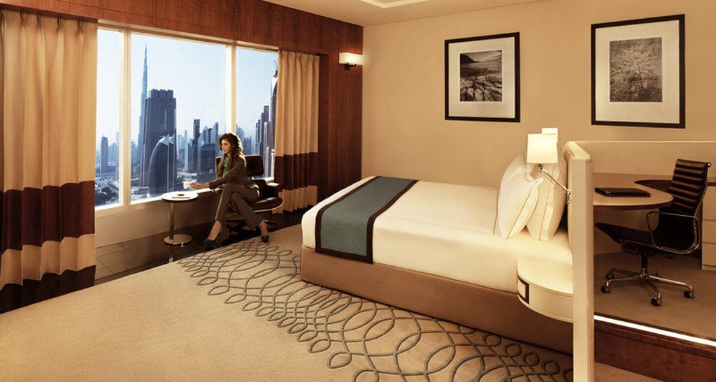Chopard Ladies Floor At Jumeirah Emirates Towers Hotel