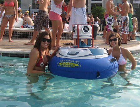 waterproof-iPod-dock2