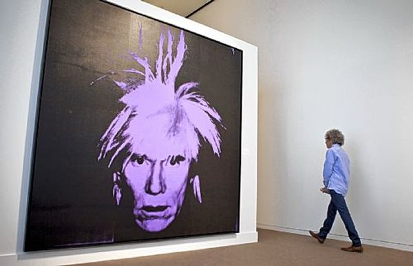 Self Portrait Of Andy Warhol Earns A Whopping 32 6 Million