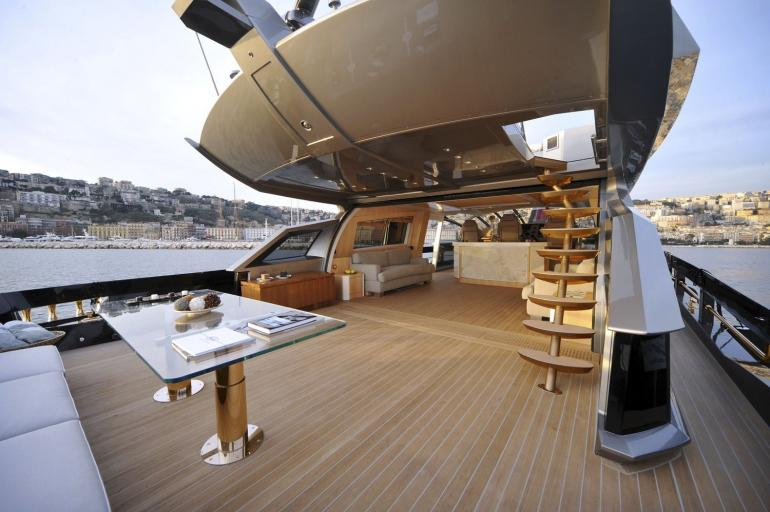 History Supreme Is The World S Most Expensive Yacht For 4 8 Billion