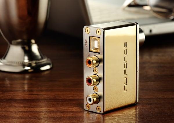 gold-headphone-amp
