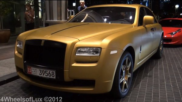 gold-rolls-royce