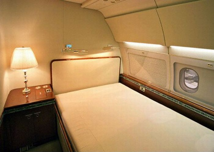 A Look Inside The Gold Plated Private Jet Of Ukrainian