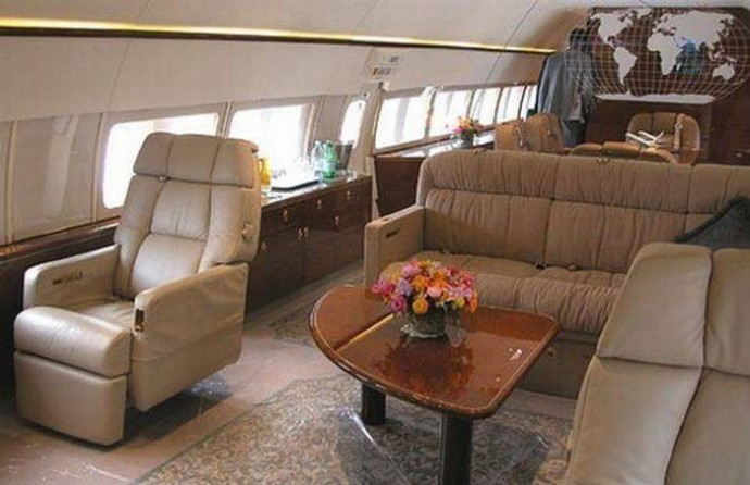 ukrainian-president-private-jet-4