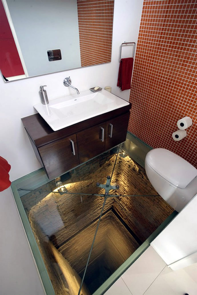 elevator-shaft-bathroom-1