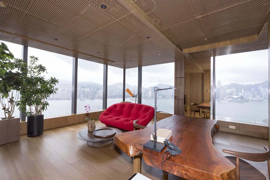 Vivienne tam designs hotel suite at hotel icon hong kong for Design hotel hong kong