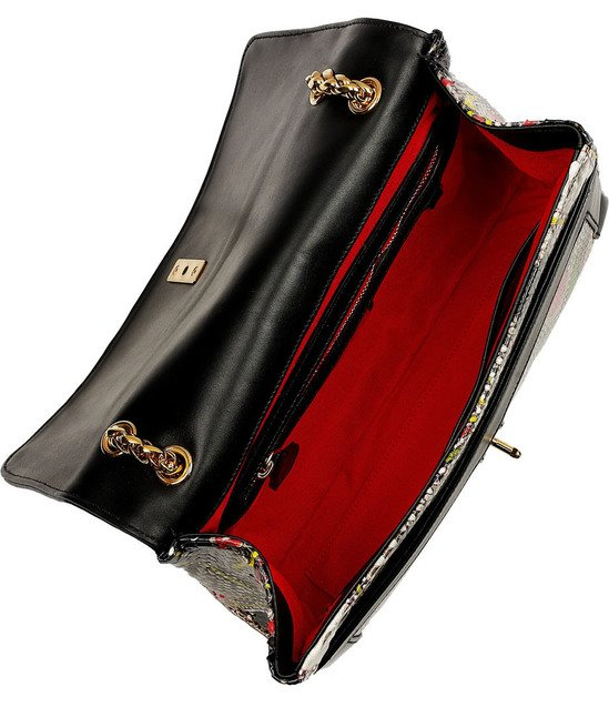 christian-louboutins-bag-6-thumb-550x637