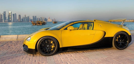 bumblebee themed bugatti veyron 16 4 grand sport on display at the qatar moto. Black Bedroom Furniture Sets. Home Design Ideas