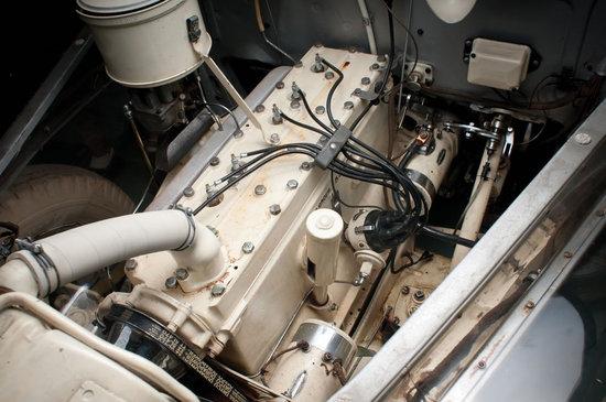 1939-Pontiac-Plexiglas-Deluxe-Six-Ghost-Car-6-thumb-550x365
