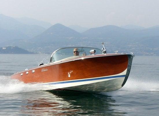 1958-BMW-Abbate-V8-speedboat-1-thumb-550x402