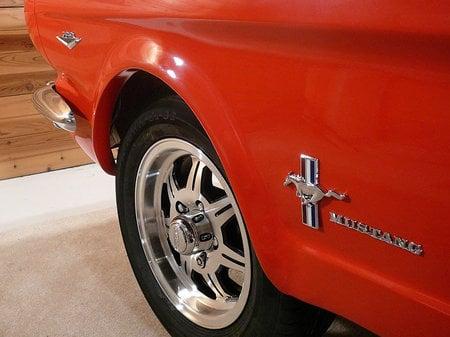 1965-Ford-Mustang-Pool-Table-4-thumb-450x337
