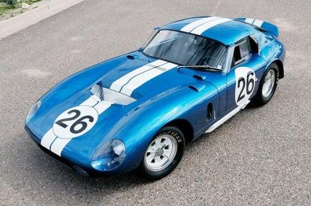 1965_Shelby_Daytona_Cobra_Coupe-thumb-450x299