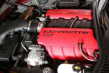 2008_Chevrolet_Corvette_Z6_3-thumb-450x300