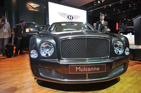 2010_bentley_mulsanne_1-thumb-450x298